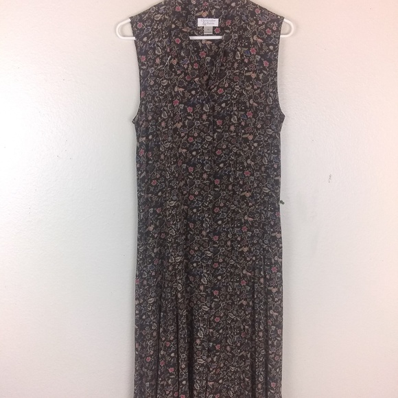 Christopher & Banks Dresses & Skirts - Christopher & Banks dress c28